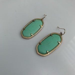 Kendra Scott light green drop earrings!